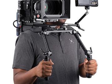 Rent: Wooden Camera Shoulder Rig V2
