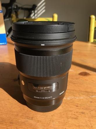 Sigma 50mm F/1.4 ART + Hoya Variable ND Filter