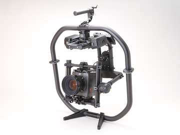 Rent: freefly Movi pro / ready arms
