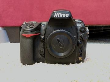 Rent: Nikon D700 Body