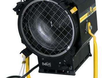 Rent: Desisti Leonardo 2K Mod. 320 Fresnel