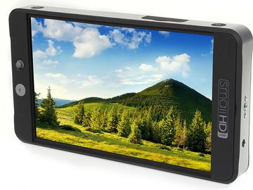 Rent: Small HD 702 Bright, batts, screen protector