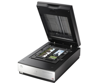 Rent: Epson B11B178011 Perfection V700 Photo Scanner