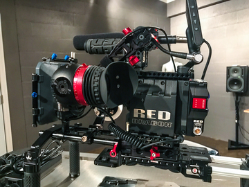 Rent: Red Epic Dragon Package W/Lenses