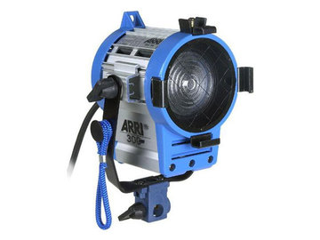 Rent: ARRI 300W Fresnel (1 of 2)