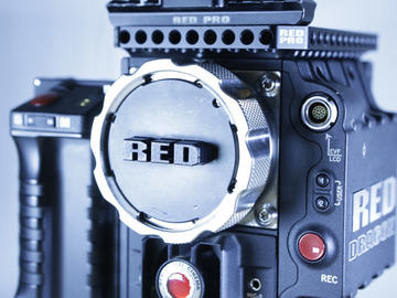 Rent: RED EPIC DRAGON 6K Leica C Summilux package
