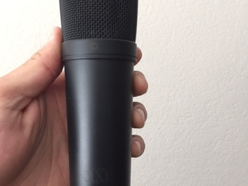 MXL 2001 Condenser Microphone comes with stand