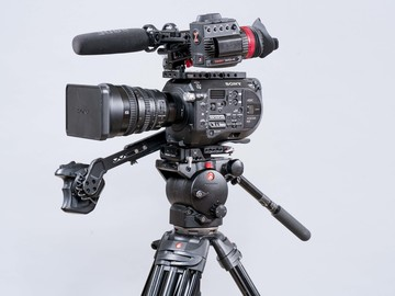 Rent: Sony FS7 Documentary Package