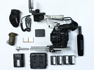 Rent: Canon C300 EF complete package Mic included