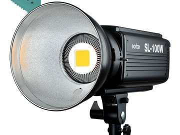 Rent: Godox SL100W LED light