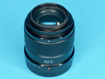 Rent: Panasonic Lumix G 42.5mm f/1.7 M4/3 Power OIS Portrait Lens