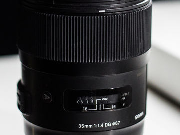 Sigma 35mm f/1.4 DG HSM Art + Variable ND Kit