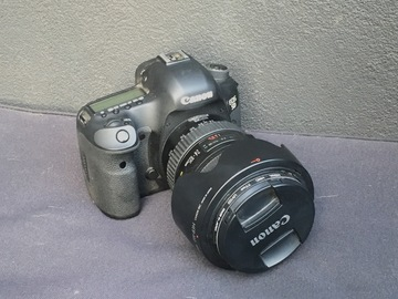 Rent: Canon EOS 5D Mark III DSLR Camera with 24-105mm Lens