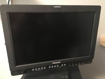 Rent: Panasonic BT-LH1710