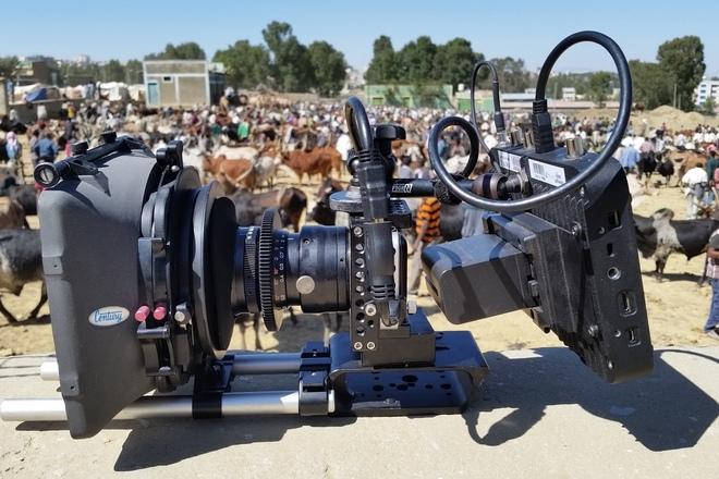 BM Pocket Cinema Full Production Package - Zeiss Primes