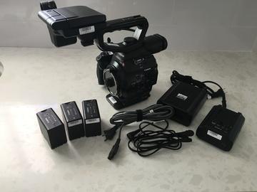 C300 PL with UniqOptics Cine Lenses