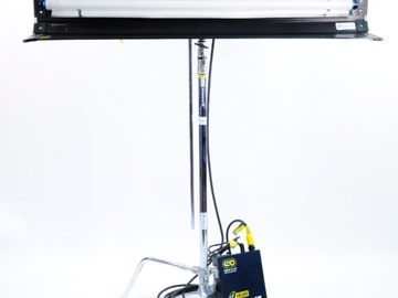 Rent: Kino Flo Kit including multiple size kinos and stands