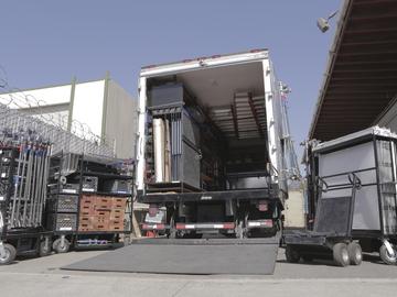 Rent: 3 Ton Grip Truck W/Liftgate - Ford F-550