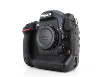 Rent: Nikon D4