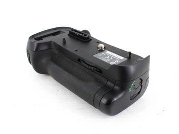 Rent: Nikon MB-D12 Battery Grip for D800/800e/810/810e