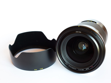 Rent: Zeiss Otus 28mm/1.4 for Canon EF