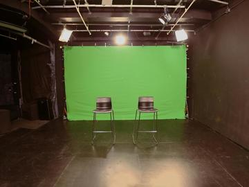 Rent: Midtown 32'x26' Studio