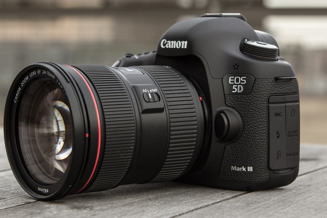 Canon 5D mk III w/lens, tripod, media, batt(x3 available)