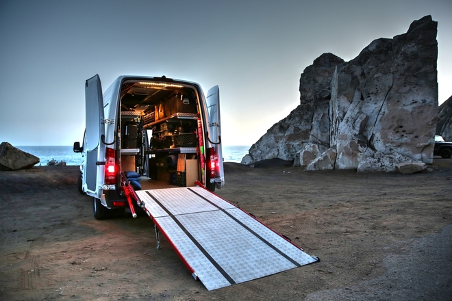 MB Sprinter 3500-2 ton Grip pkg.(lighting a add-on)
