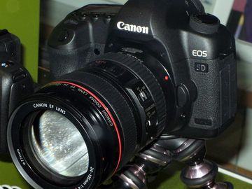 Rent: Canon EOS 5D Mark II package w/ lenses & flash