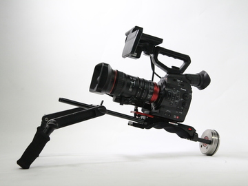 Rent: Canon C300 EF/ Canon 18-80mm F4 /Zacuto VCT combo