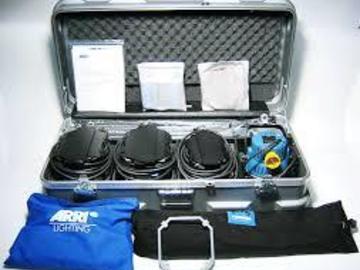Rent: ARRI Softbank Pro II 1k w/ Chimera 2- 650w 1-300w tungsten