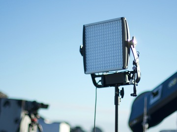 Litepanels Astra 1x1 with Softbox and Stand