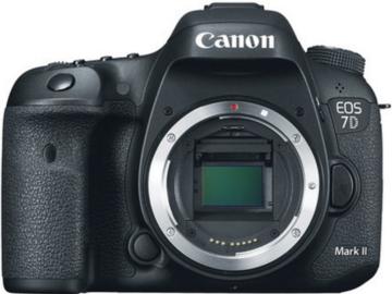 Rent: Canon 7D KIT