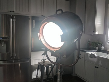 Rent: Mole-Richardson 2,000 Watt 10-in Junior Fresnel