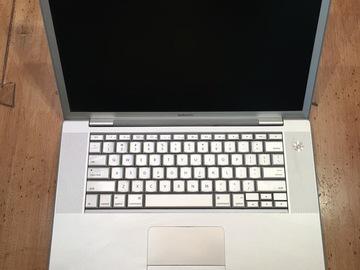 Rent: Laptop Apple Macbook Pro Laptop