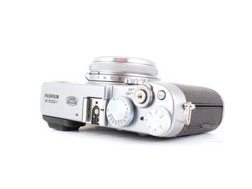 Rent: Fuji X100T (Silver)