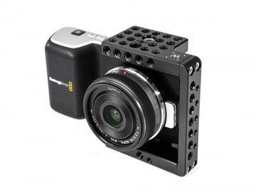 17a5c0-5aabc1-wooden-camera-pocket-cage-600x400