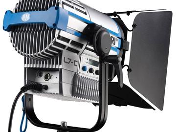 Rent: Arri L7-C Color LED Fresnel