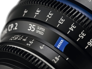 24d4b0-60cbe0-9062f5-31a0a0-zeiss-compact-prime-cp2-super-speed-lenses-product-02
