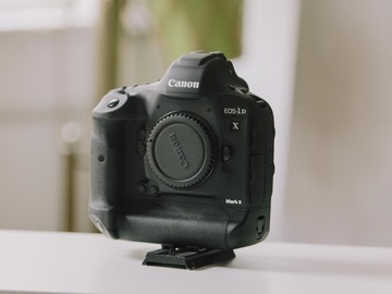 Rent: Canon 1D X Mark II Filmmaker Bundle - 4K 60P