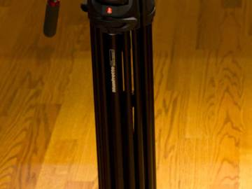 Rent: Solid Manfrotto Tripod 504 HD