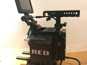 Rent: RED Epic M LEICA R package