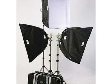 Rent: JTL TL-3000 Everlight Kit with 3 Everlights
