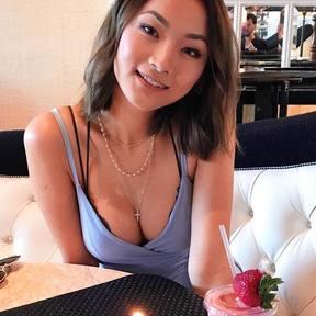 Zoey Deng