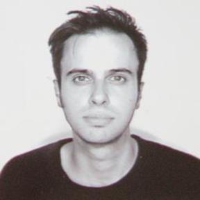 Michael  Tapp
