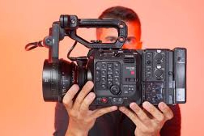 Canon EOS C500 Mark II Camera Package