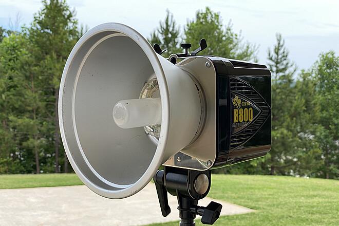 AlienBees B1600 Studio Strobe for Rent