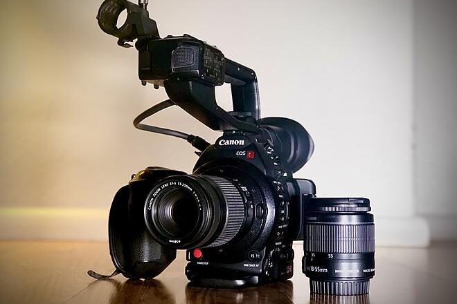 Doc FilmKit - Canon EOS C100 Mark II, 18-55MM, 55-250MM