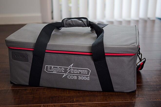 Aputure LS C300d w/Light Dome Kit and Honey Comb Grid