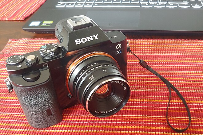 a7s Camera & charger kit, manual focus lens